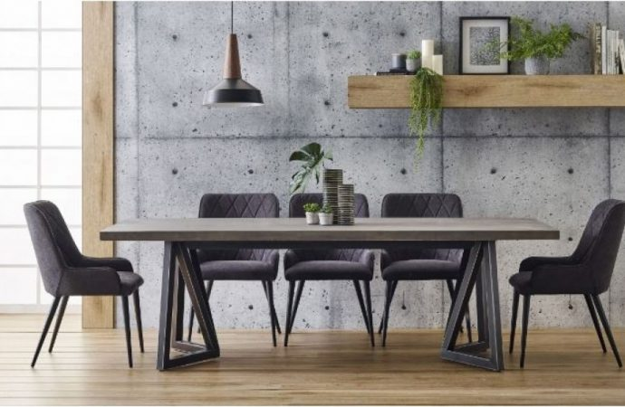 Why Timber Dining Furniture Can Be Such A Great Choice?