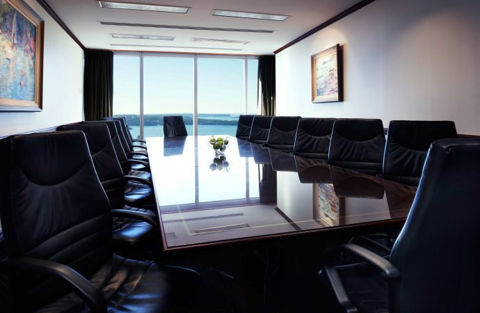 Few Reasons to Hire a Conference Room Outside Office