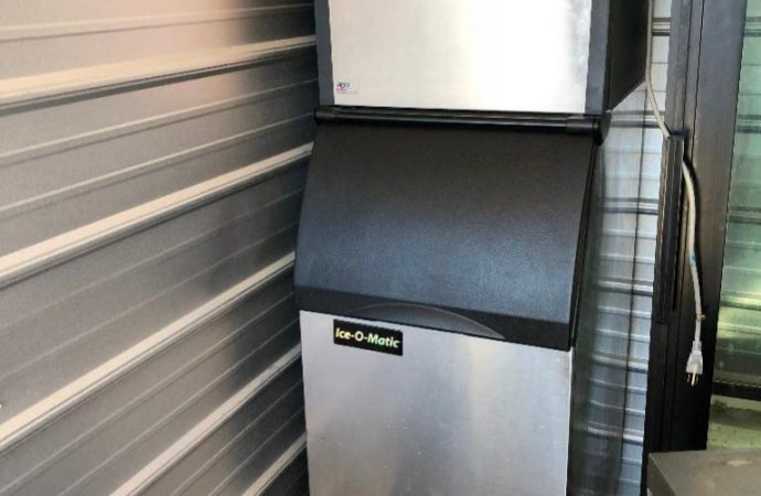 Why Do You Need an Ice Machine at Your Home?