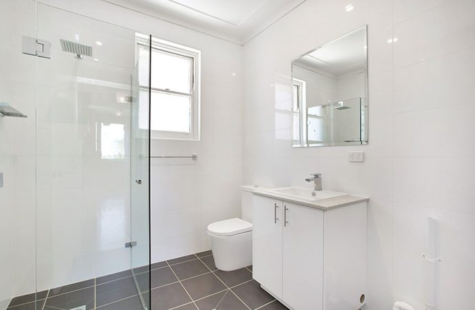 Great Proposals in Your Bathroom to Save Room!