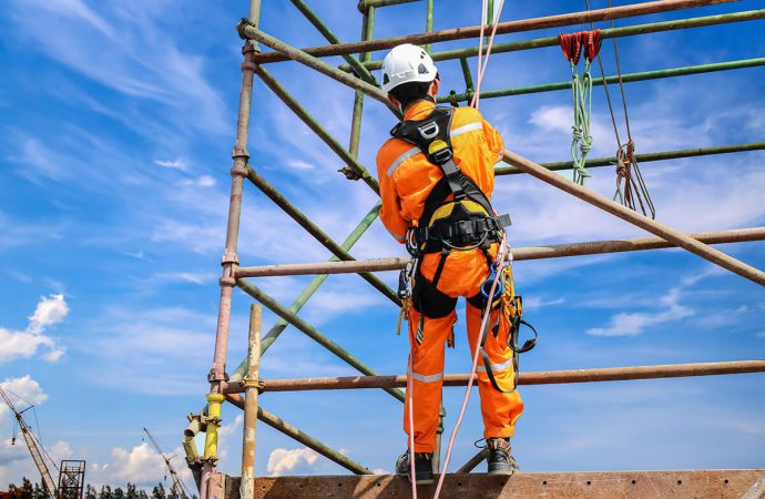 Biggest Advantages Of A Roof Guardrail System