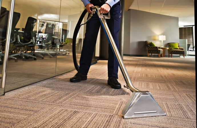 Different Available Industrial Carpet Cleaning Equipment's In The Market