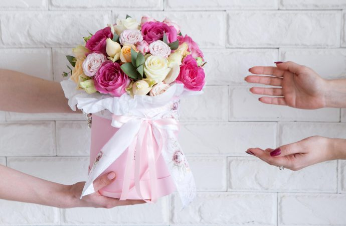 Gift Flowers With The Excellent Flower Delivery Services