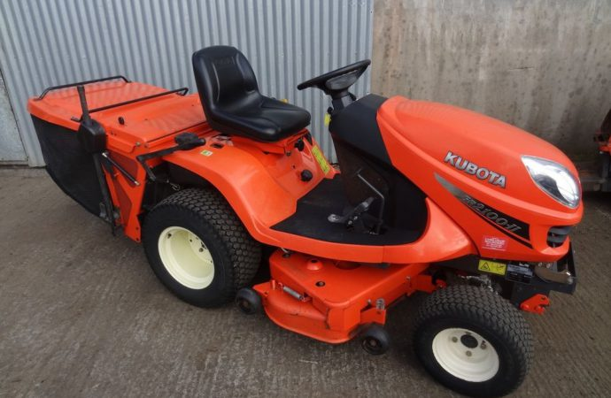 The Different Types Of Mowers And Tractors Available In The Market