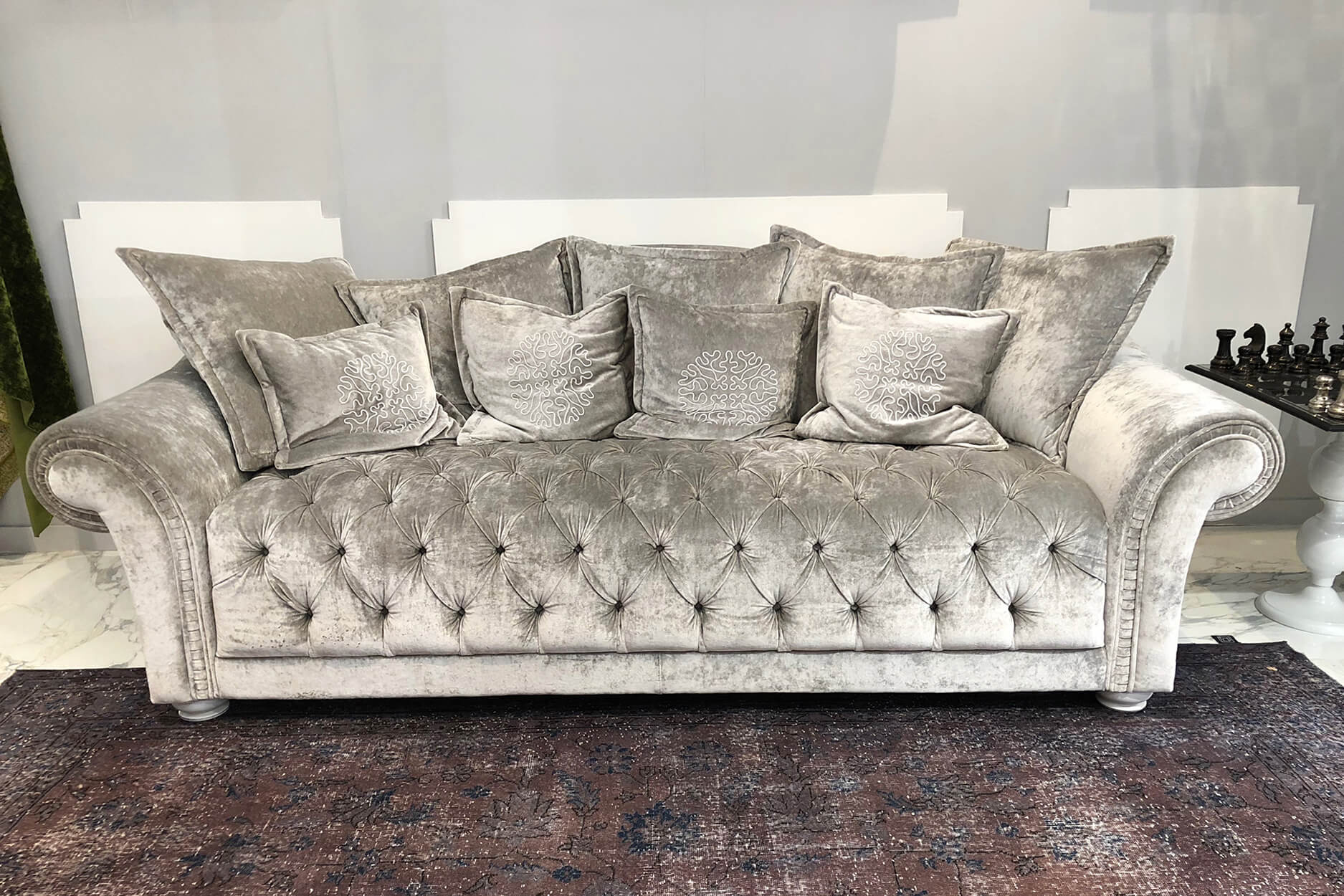 All Those Excellent Features And Benefits Of Luxury Sofas In Sydney